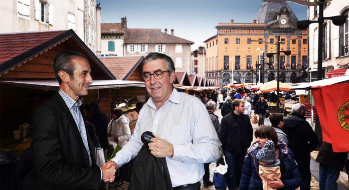 Vincent Descoeur et François Danemans au marché d'Aurillac