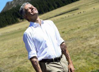 Chaudes-Aigues : la fantaisie tatouage de Laurent Wauquiez