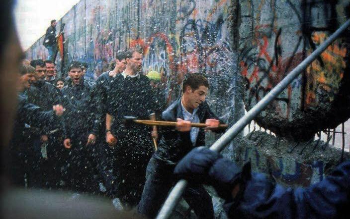 maxime-petitjean-mur-de-berlin